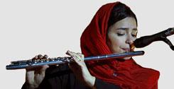دختر نوازنده فلوت
