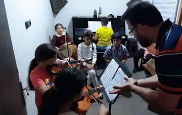۱۰ نکته مهم برای انتخاب معلم موسیقی
