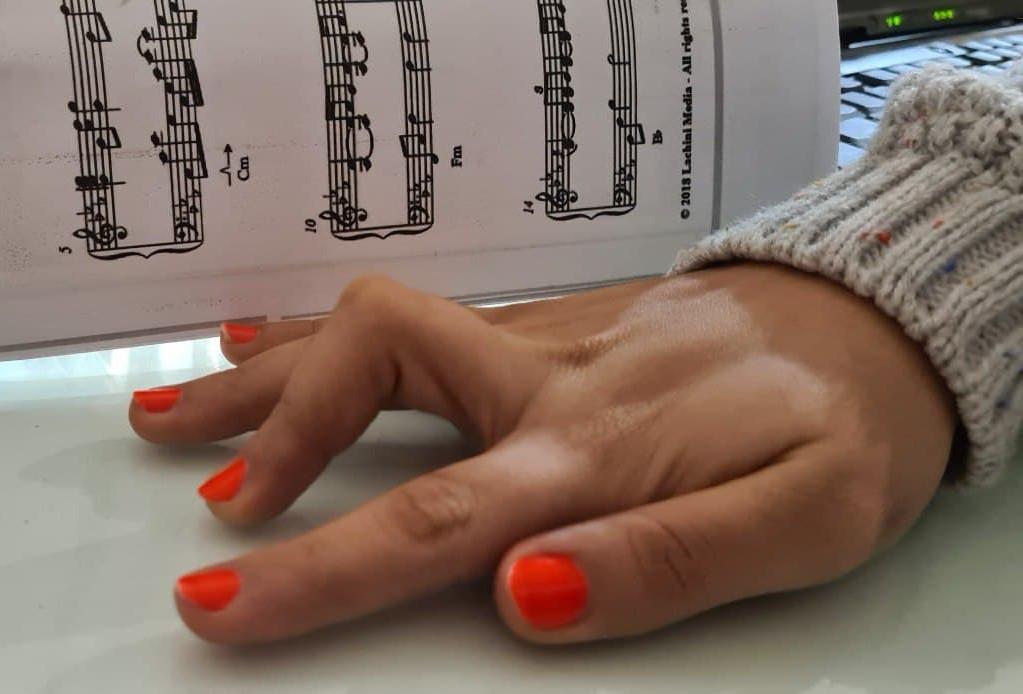 تمرین تقویت دست در پیانو